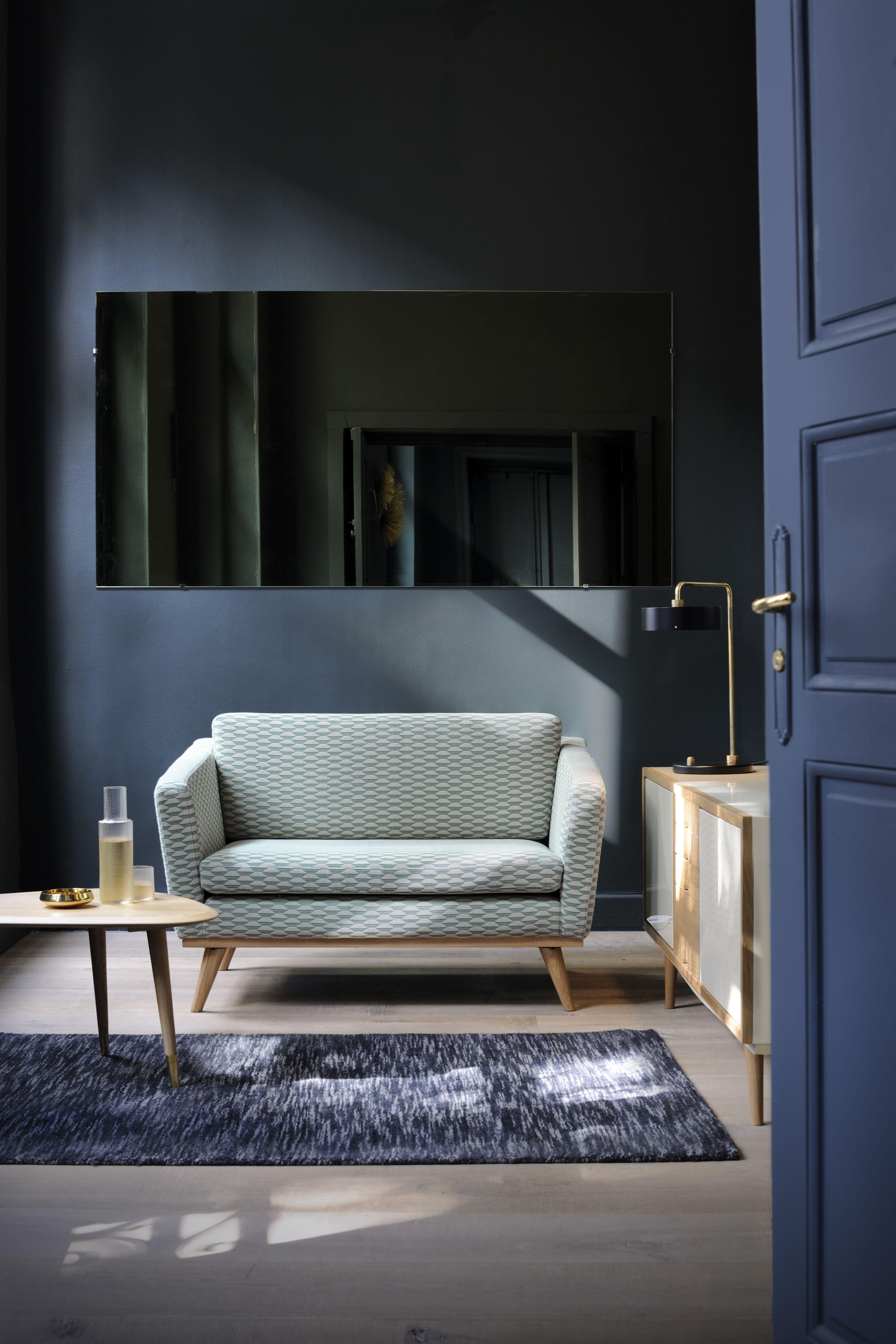 Holz Le Design canapé 120 tissu bakou celadon dans le petit salon de l appartement