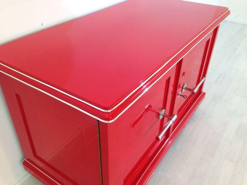 Rote Art Deco Kommode Wundervoller Farbton Grosse Chromgriffe