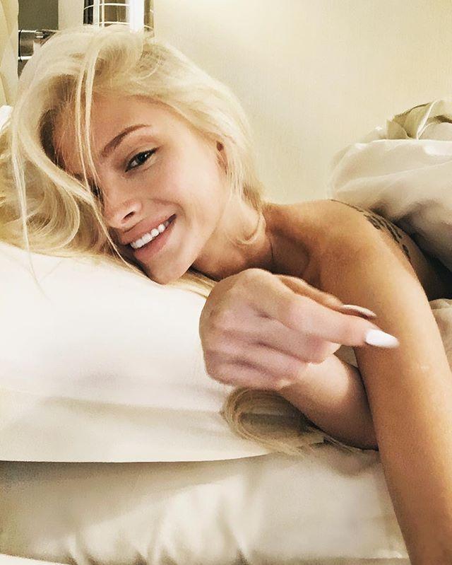 Первое утро алены порно