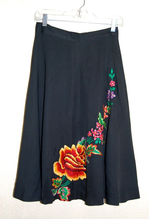 Vintage 50s Mexican Folkloric Embroidered Floral by LolaAndBlack, $32.00