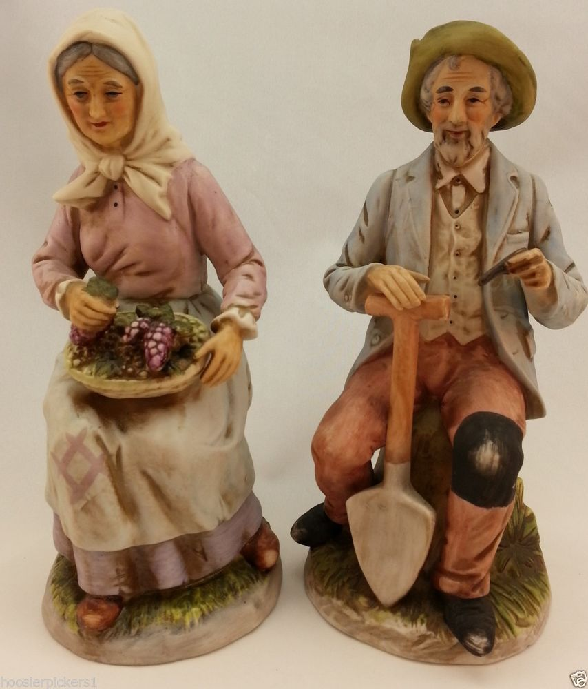 Homco Figurine 1433 Old Couple Sitting On Stump With