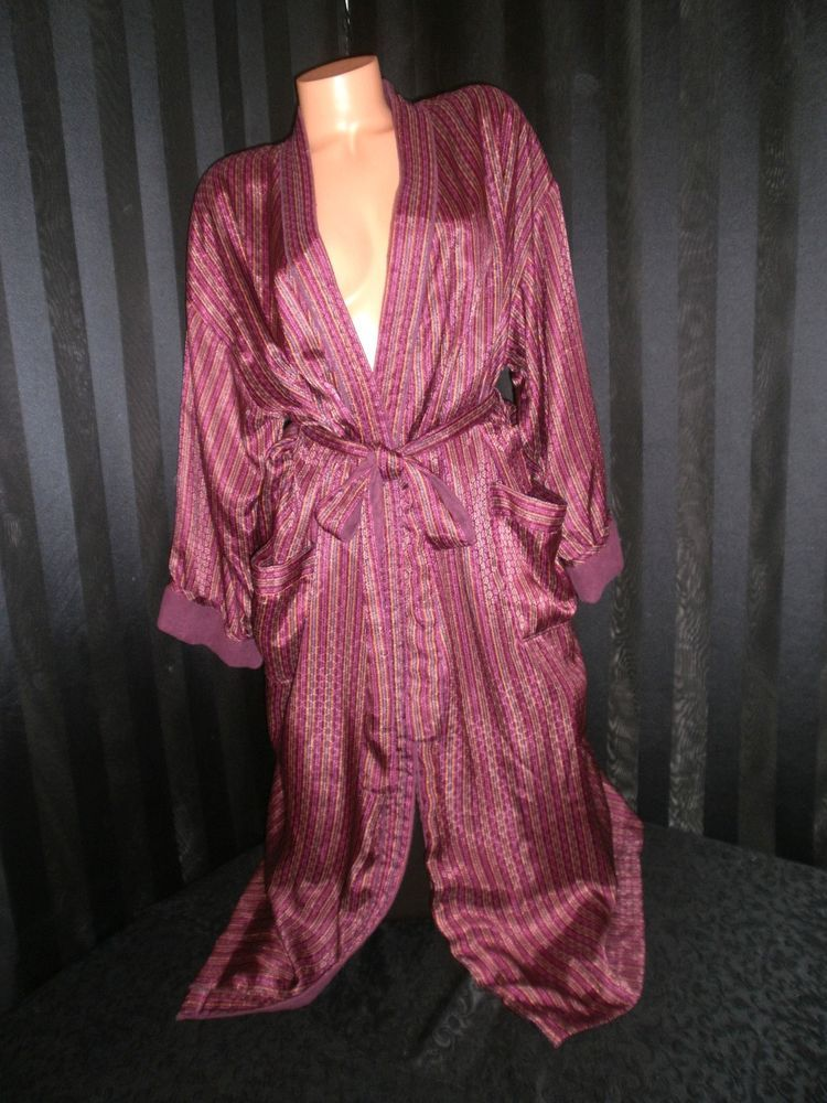 62dfb4b870954 Details about Vtg Victoria's Secret Long Terry Lined Satin Cover-Up ...