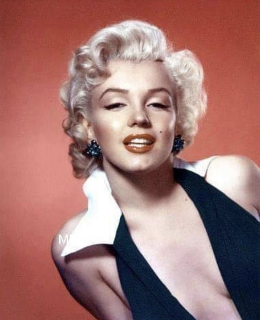 Pin By Andrea Lapihuska On Mmonroe Photography Women Bob Hairstyles Marilyn Monroe Photos