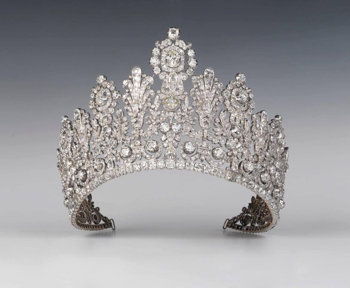 Grand diadème de la Maison de Nassau. Premier tiers du 19ème siècle. Collection Cour grand-ducale de Luxembourg