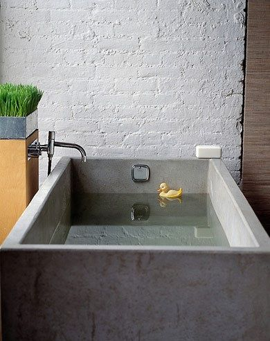 Concrete Sink And Tub Roundup Remodelista Concrete Bathtub Concrete Bath Concrete Sink