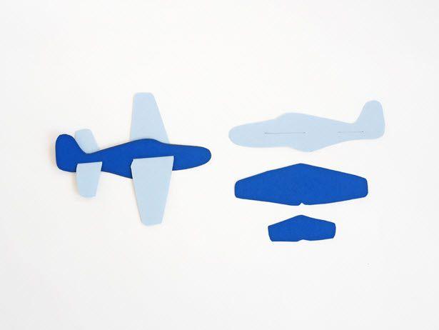 Avion en papier a imprimer   Avion en papier, Avion, Jeux de papier