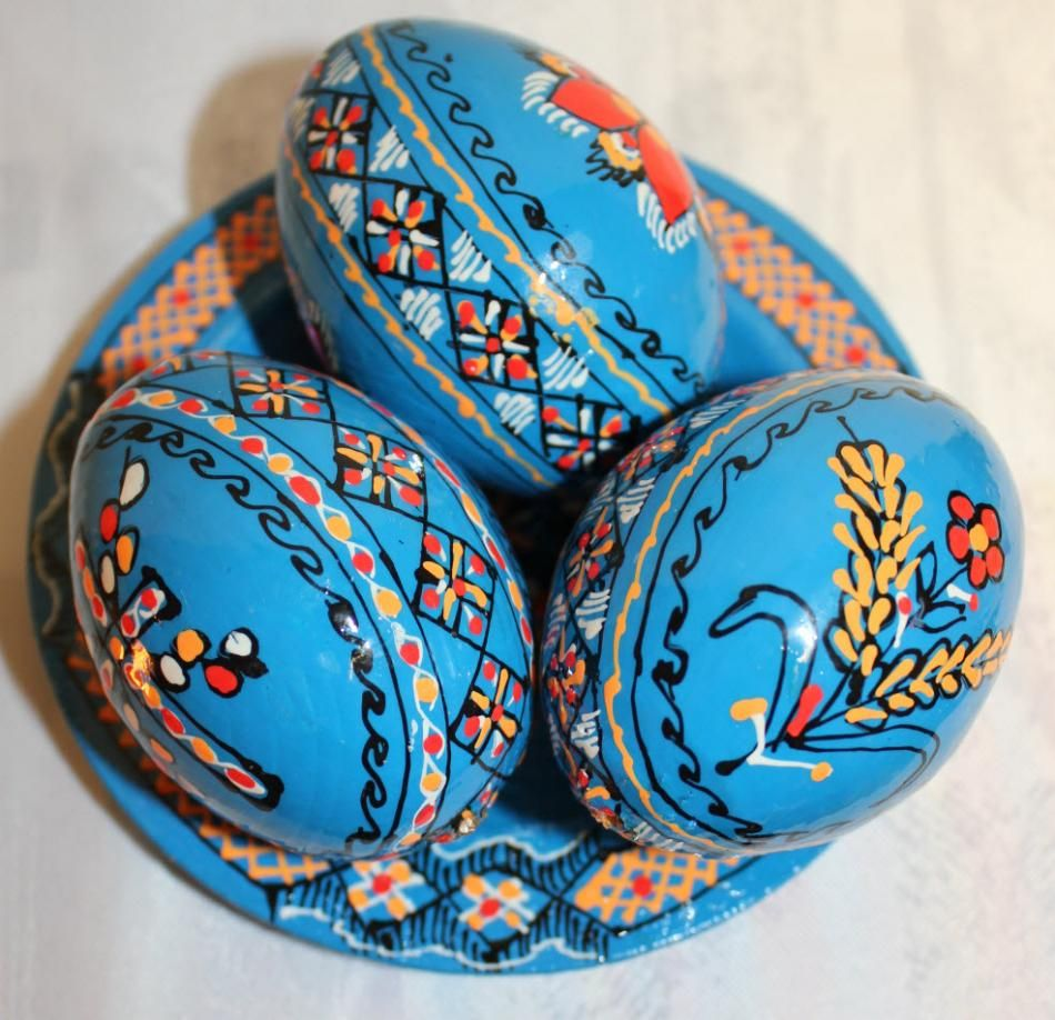 3 Wooden Ukrainian Handpainted Easter Eggs On Plate,hand Painted Ukrainian  Pysanky Eggs With The