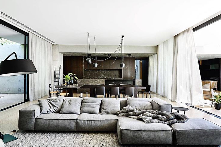 Love love love color texture spacing couch width for Casa arredo fano