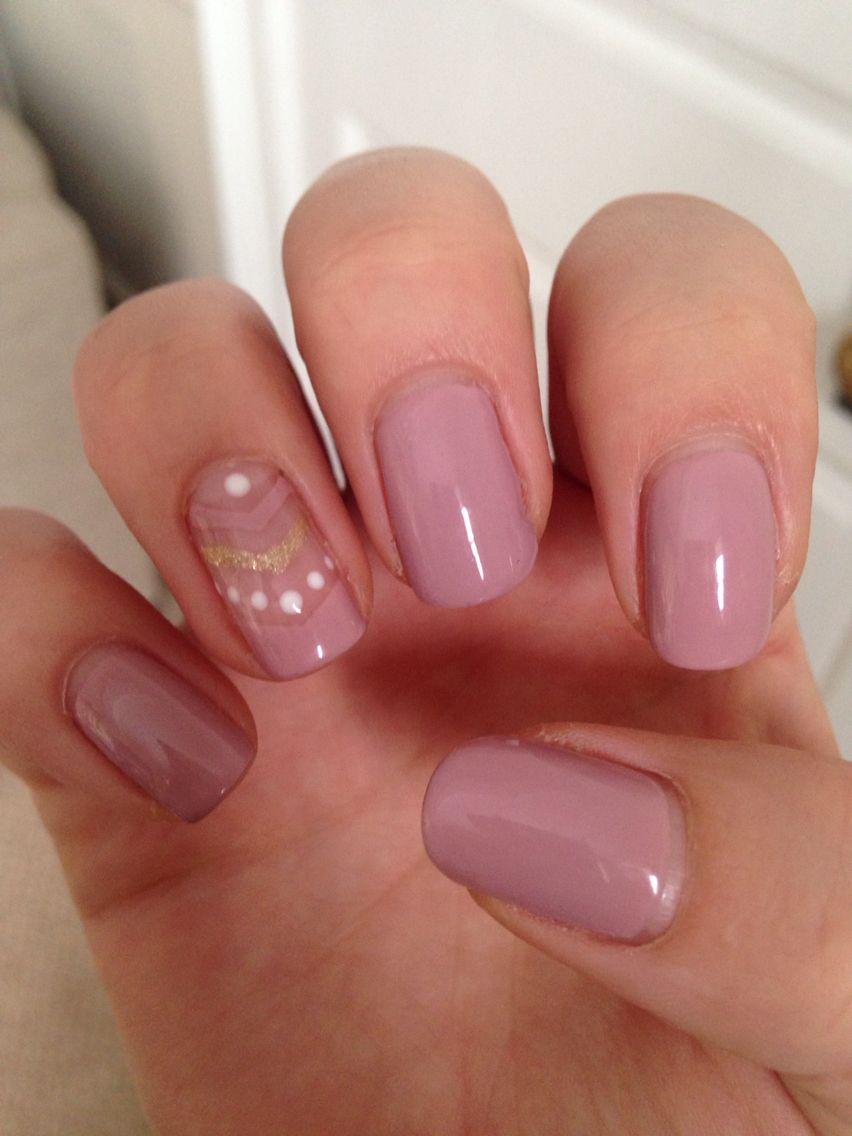 Pretty Shellac Nails: Musk Pink A44, With Gold And White