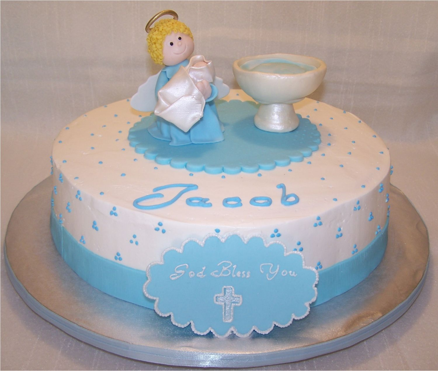 Cake Design For Christening : Baptism Cake - Vanilla cake with strawberries and custard ...