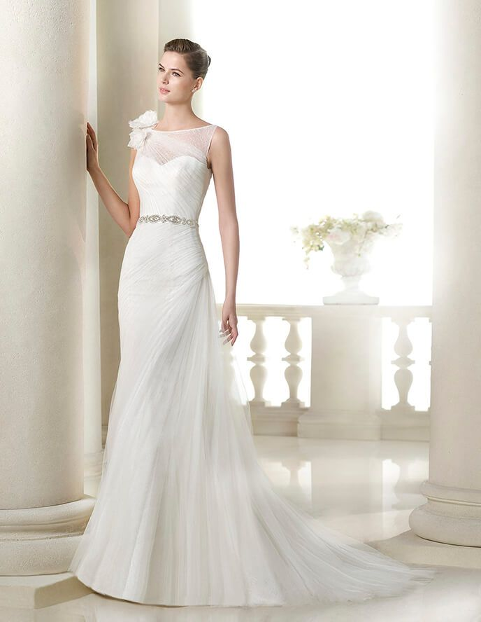 shalott wedding dress with tulle draped bodice and floral appliqué