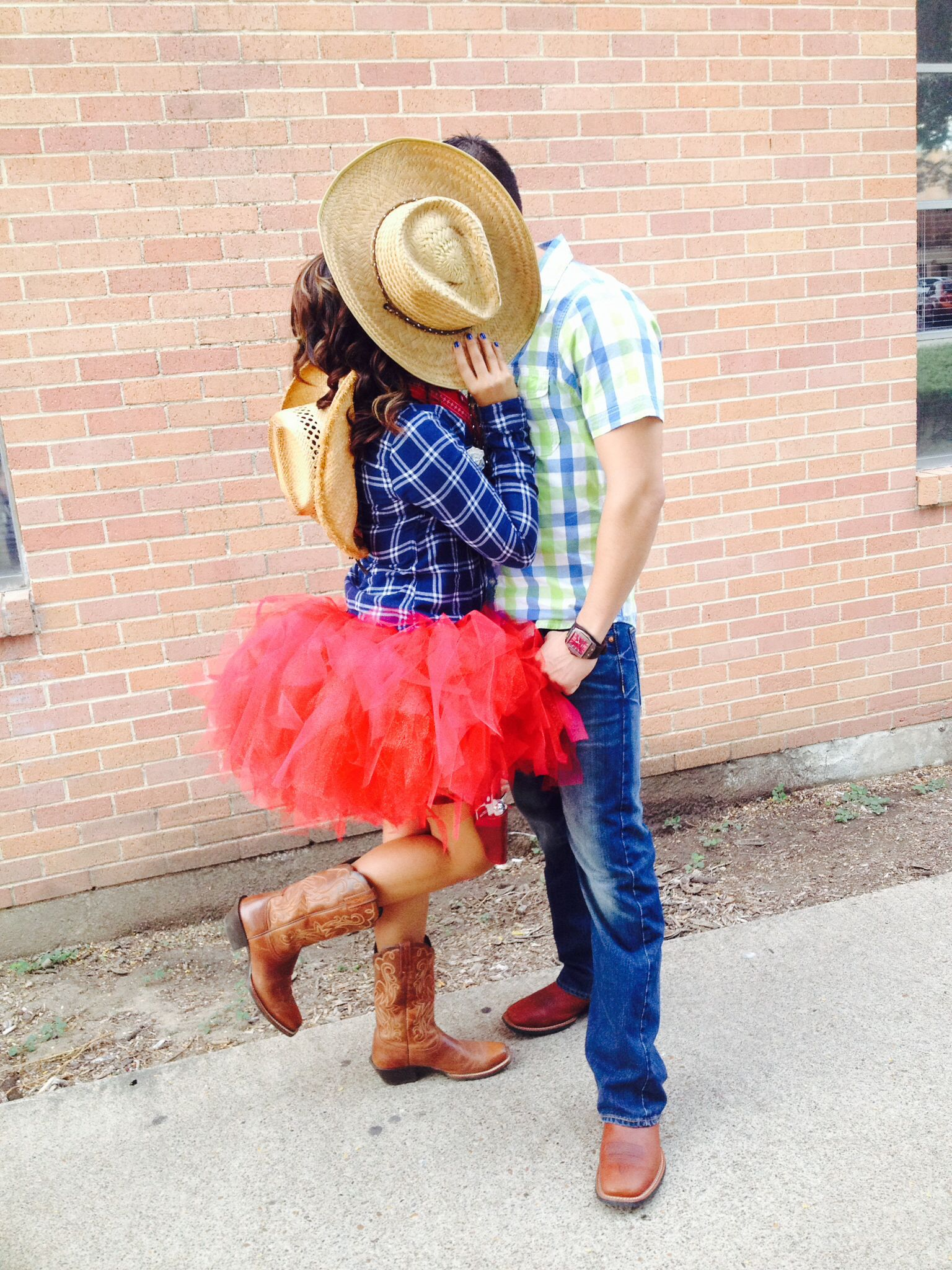 cowboy and cowgirl couple costume tutu skirt and boots halloween ideas pinterest kost m. Black Bedroom Furniture Sets. Home Design Ideas