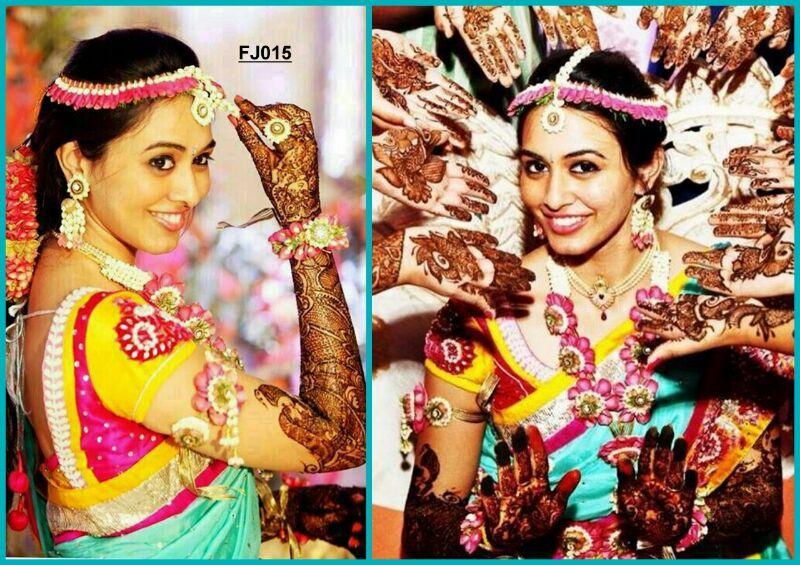 Flower Jewellery For Mehndi : Mehendi #flower #jewellery jaya flower jewellery pinterest floral