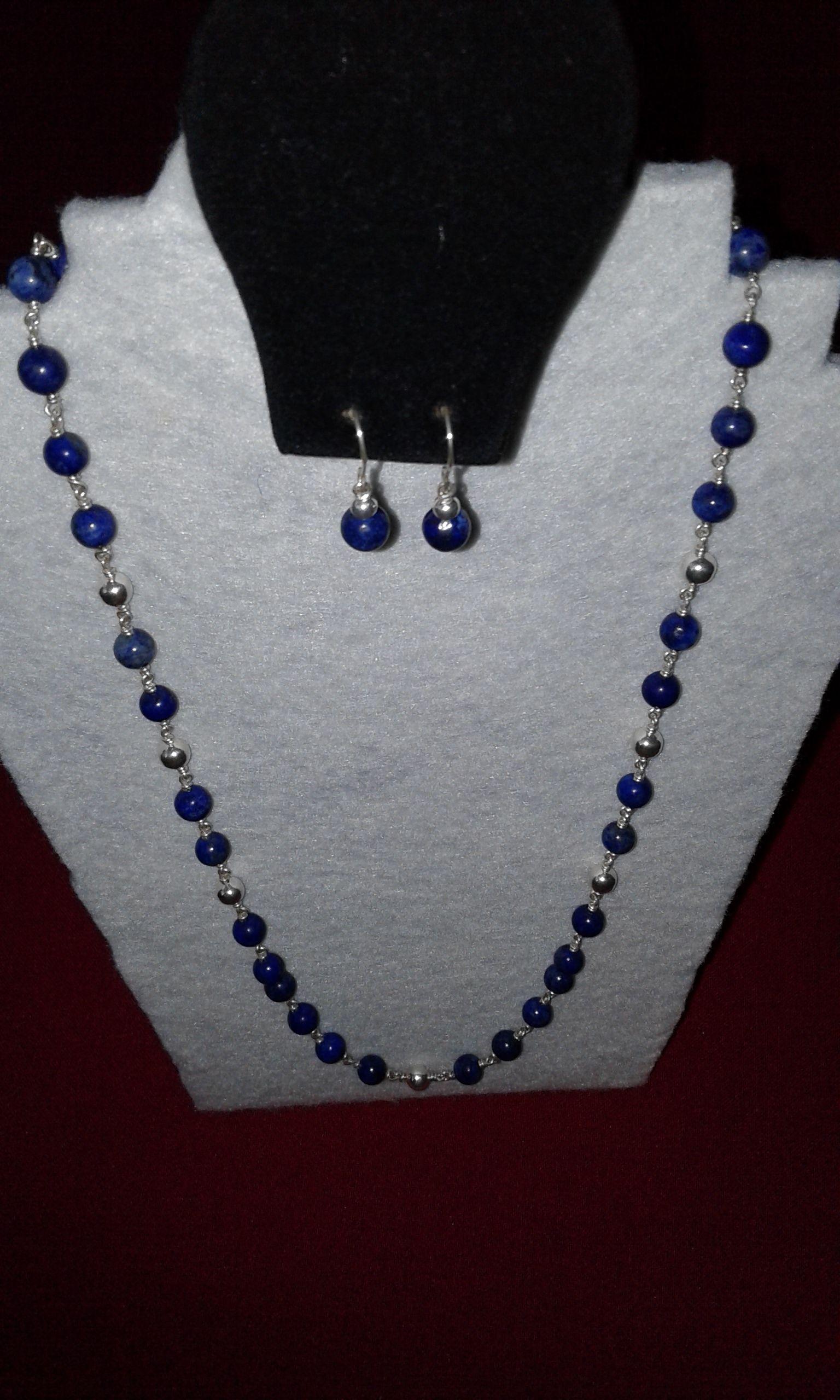 0bd6cecd1e97 Collar de lapislázuli con los aretes