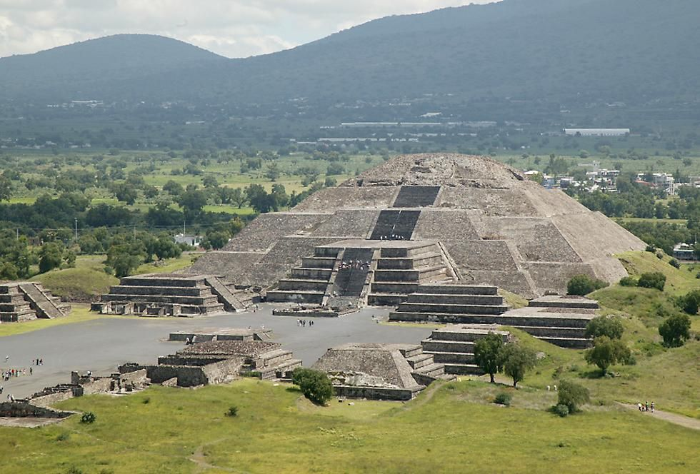 Pin On Pyramids Around The World