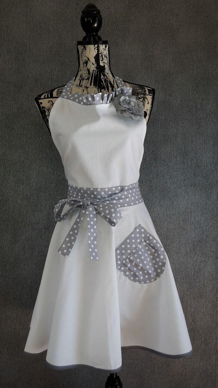 Tablier femme rétro ou vintage | clothing - dress | Sewing aprons ...
