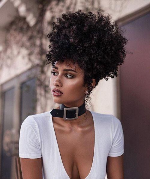 afro puff sur cheveux cr pus boucl s naturels team afro cheveux cheveux naturels et. Black Bedroom Furniture Sets. Home Design Ideas
