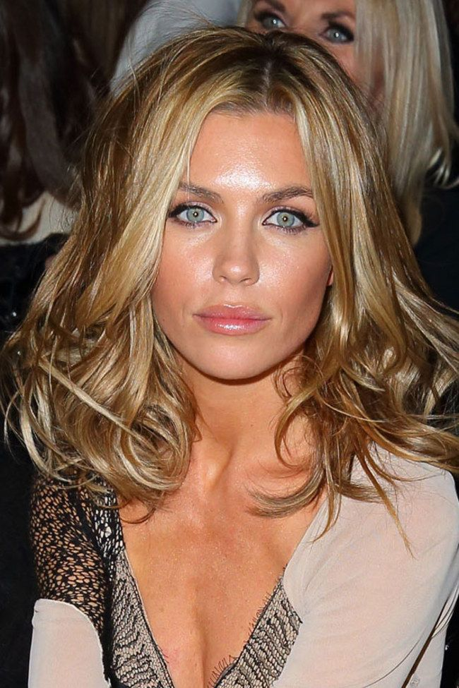 Haircuts That Make Your Nose Look Smaller : haircuts, smaller, Widening, Google, Search, Length, Hair,, Styles,, Medium, Styles