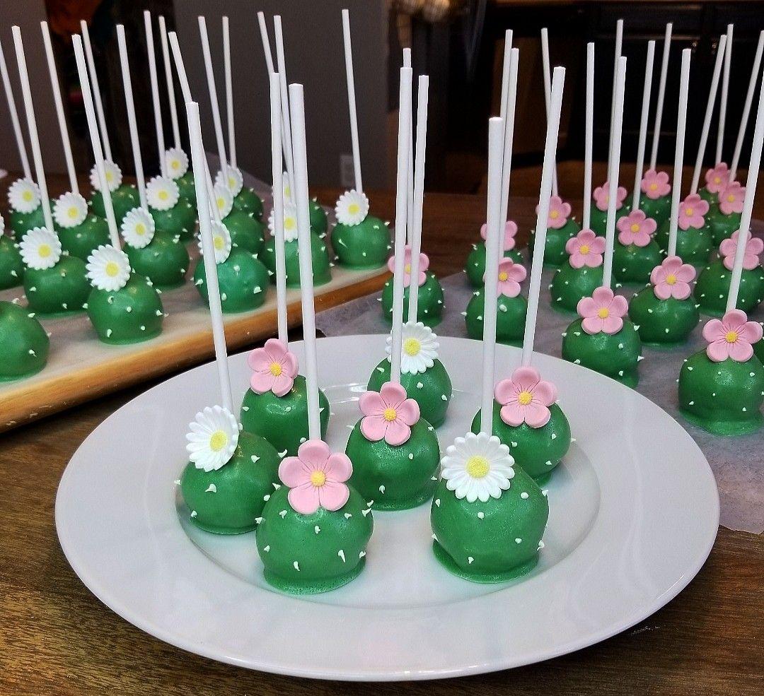 Photo of Cactus Cake Pops