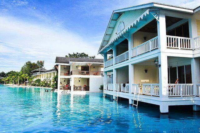 Plantation Bay Resort and Spa, Philippines