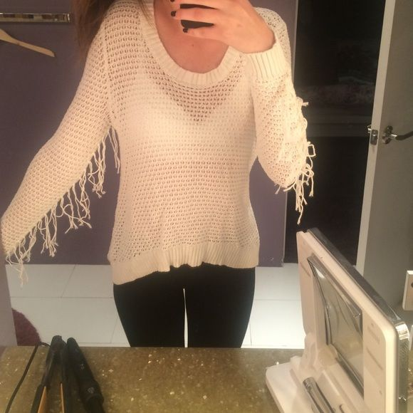 Fringed Sweater Off white colored knit sweater with fun fringe on sleeves! Billabong Sweaters Crew & Scoop Necks