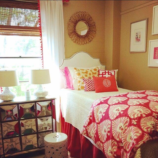 Cute Dorm Room Diy Nail Head Headboard Pom Pom Fringe