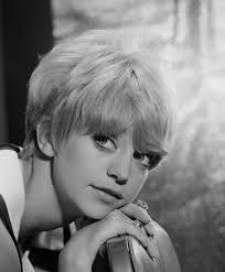 Goldie Hawn, 1960s