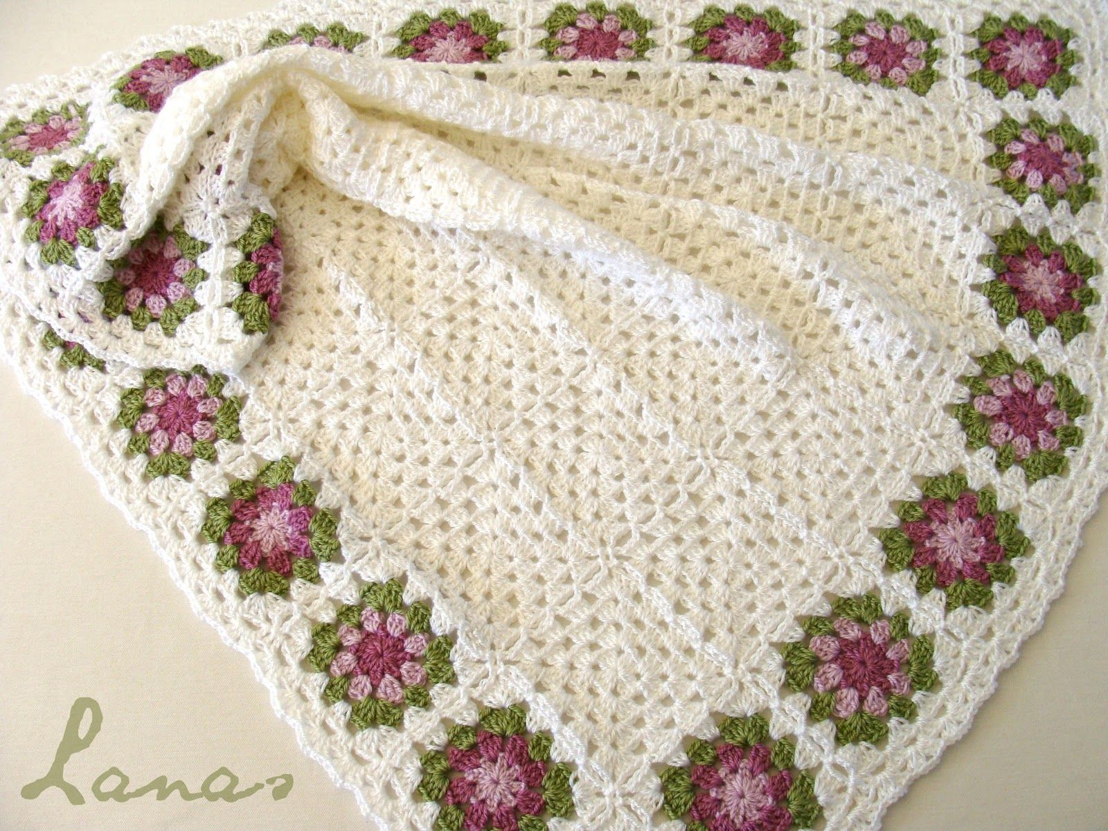 crochet blankets | My mom made this babyblanket, with white granny ...