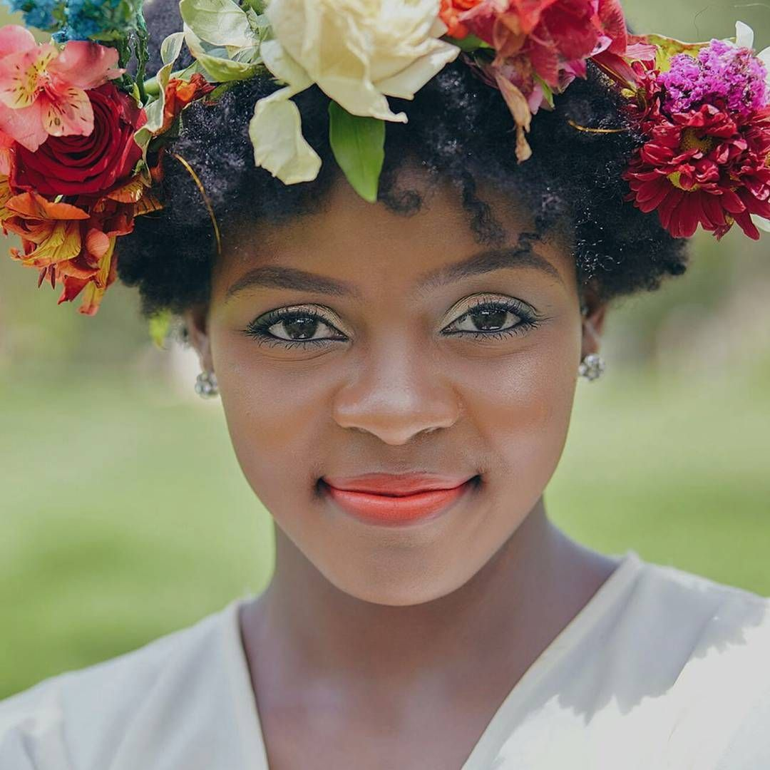Love this look and the flower crown i am my hair pinterest love this look and the flower crown izmirmasajfo
