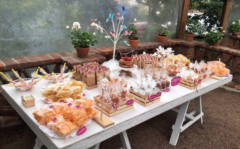 Mesa de dulces y botanas vintage para boda vintage for Mesas de dulces para bodas precios