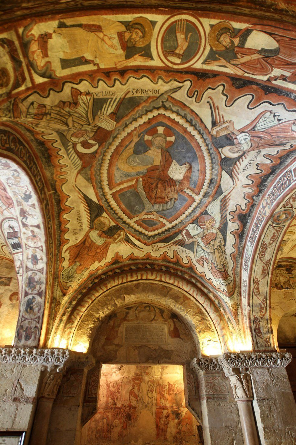 7 Lugares Que Ver En Leon Una Ciudad Monumental Y Grandiosa La Catedral De Leon Que Ver En Leon Fotos De Leon