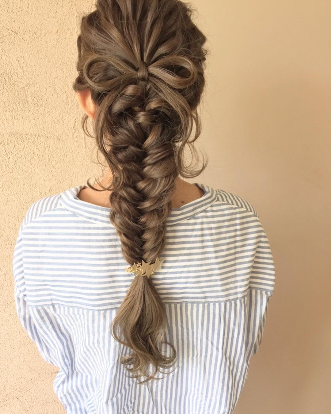 フィッシュボーンの可愛い髪型まとめ 結婚式 お呼ばれヘアアレンジ
