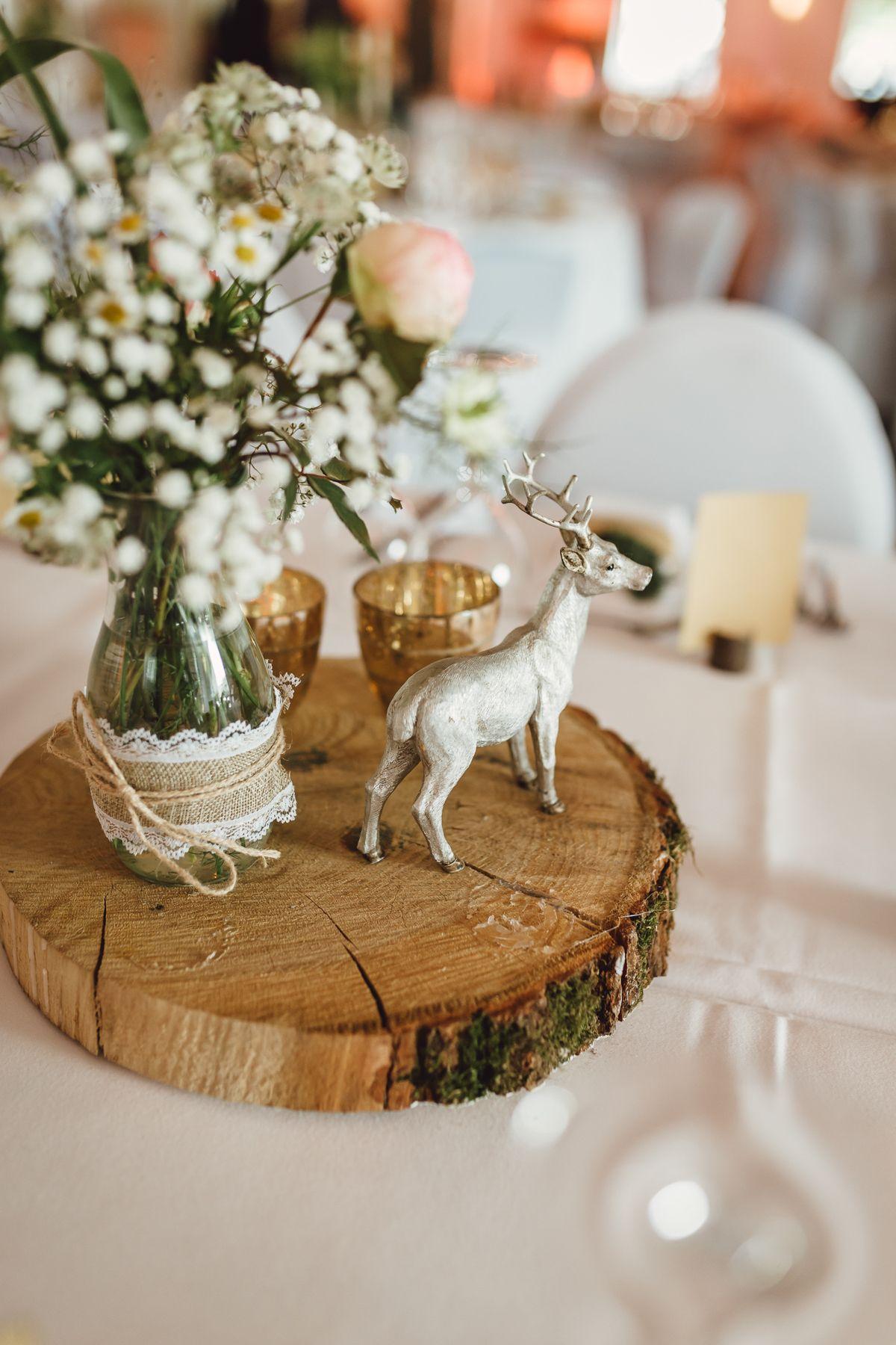 rustikale diy hochzeit mit wald und hirschmotiv tischdekoration hochzeit i wedding tablescape. Black Bedroom Furniture Sets. Home Design Ideas