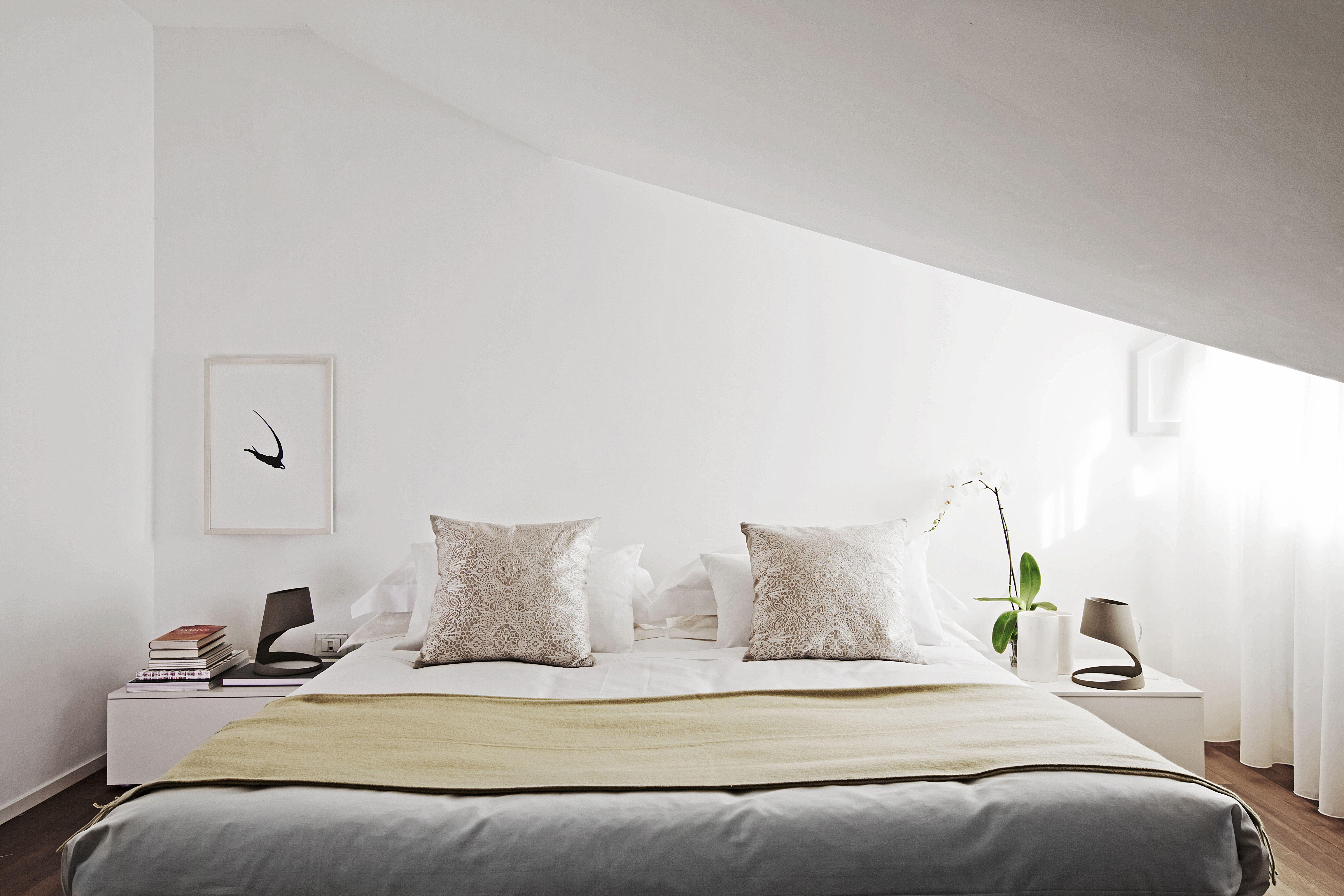 Ecco qualche consiglio per dipingere la camera da letto se stai per ...