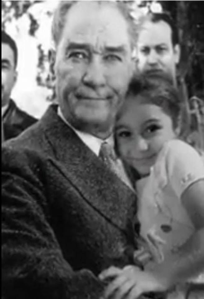 Pin by Nehir on ATATÜRK Historical pictures, Pictures, Art