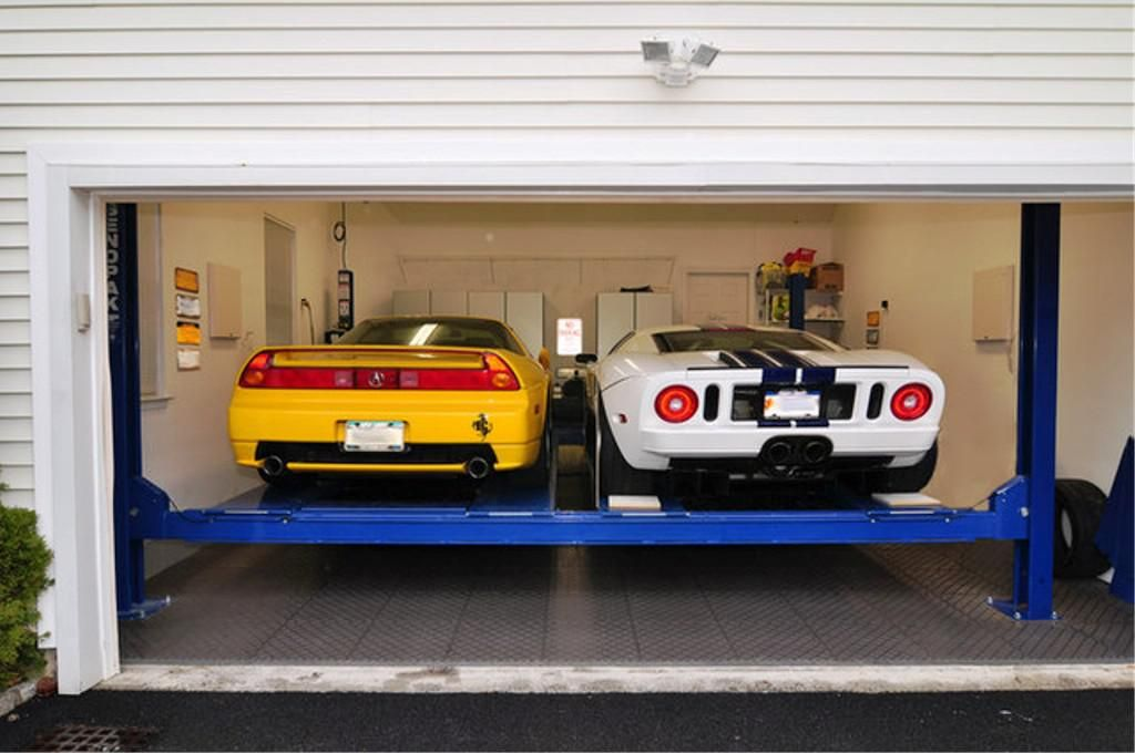 Residential garage car lift ideas http garage for Car garage