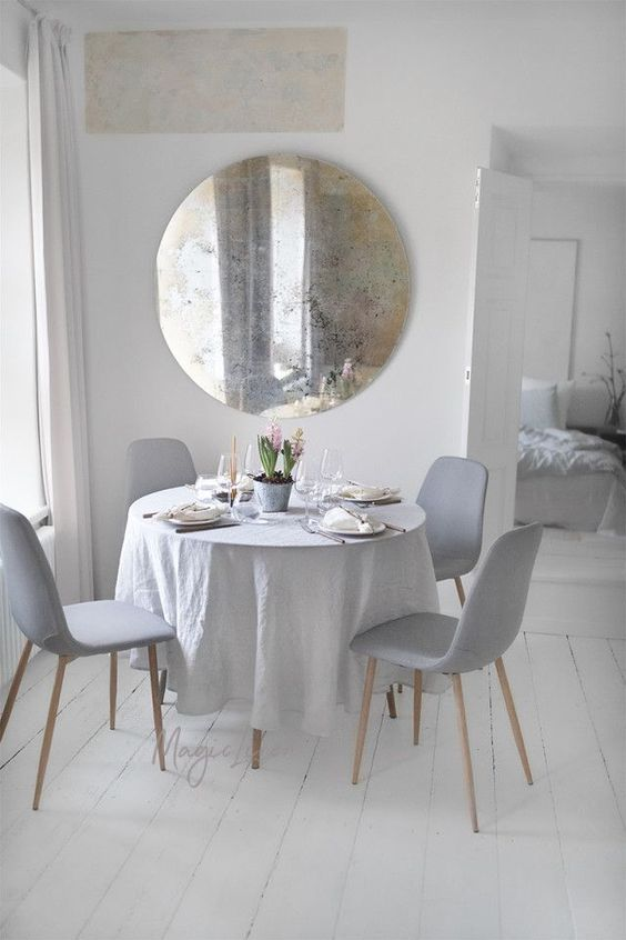 Shop crush magiclinen la tazzina blu dining table nel for Sedie blu cucina