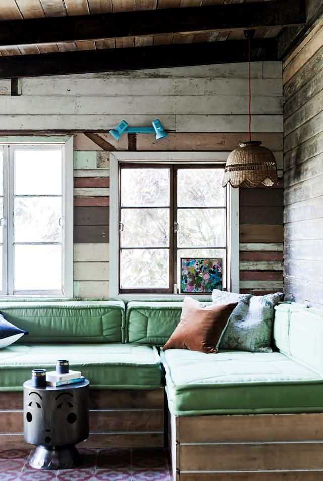 32 Best Beach House Interior Design Ideas And Decorations For 2020: Byron Bay Beach Shack Given Bohemian Makeover In 2020
