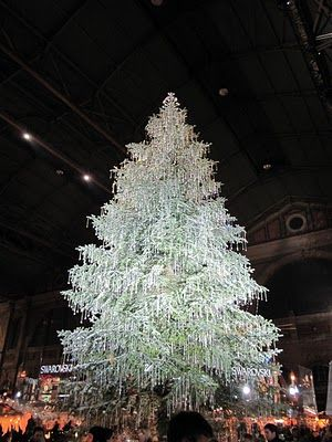 I Want A Tree Like This If I Am Insanely Rich Zurich Switzerland Over 5000 Swarovski Orname Holiday Christmas Tree Swarovski Christmas Tree Christmas Magic