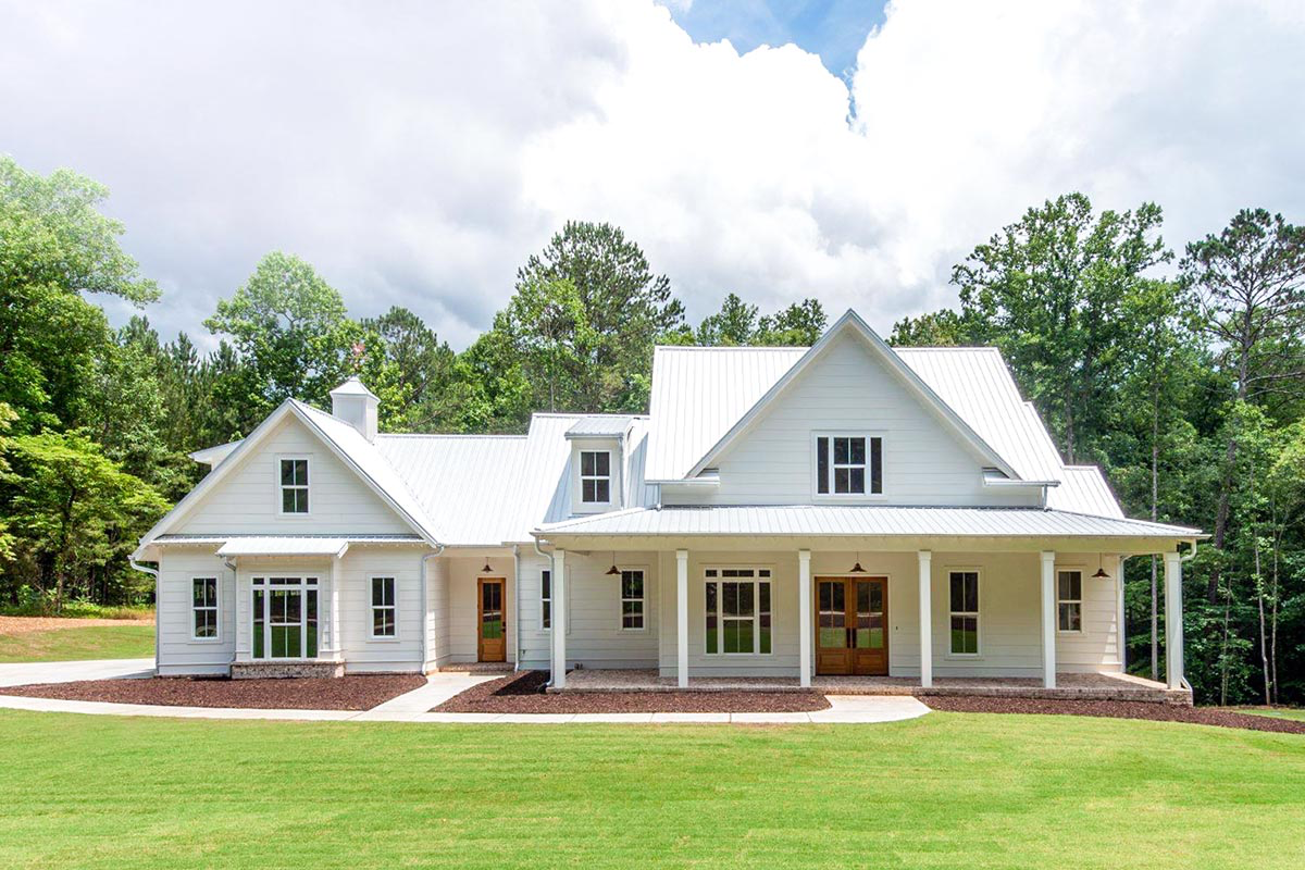 Plan 710047btz Classic 4 Bed Low Country House Plan With Timeless Appeal Modern Farmhouse Plans Farmhouse Plans Country House Plan