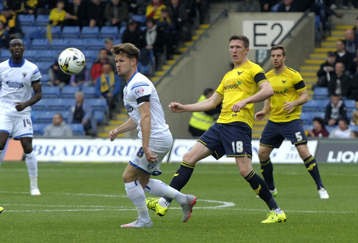 Oxford United vs AFC Wimbledon Predictions, Betting Tips & Match
