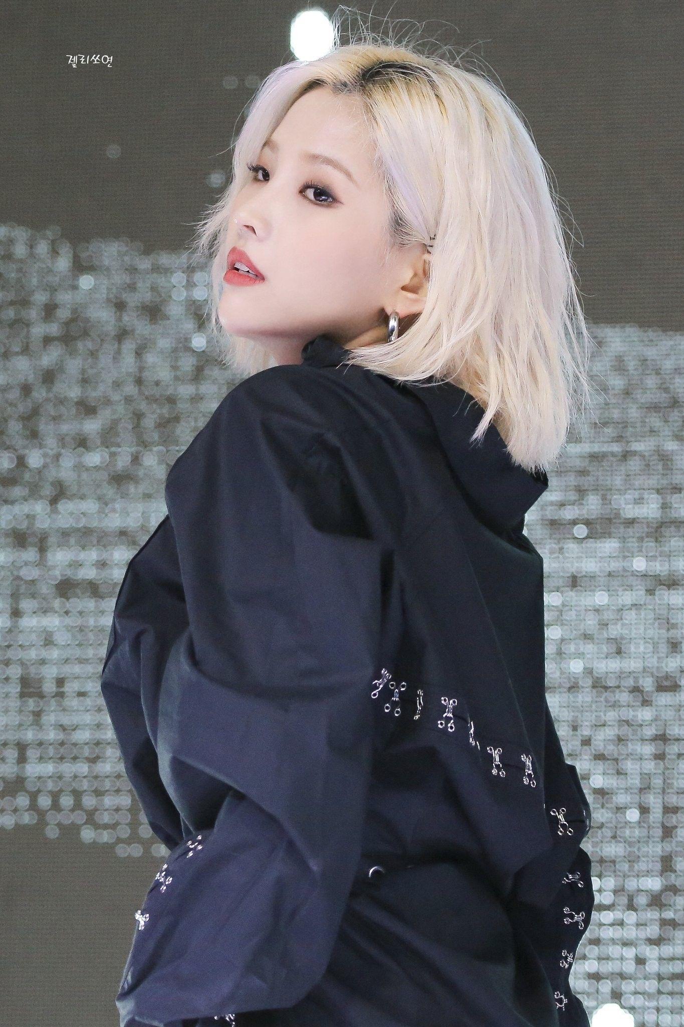 Pin By Taetae 95 On G Idle Kpop Girls Kpop Girl Groups Girl