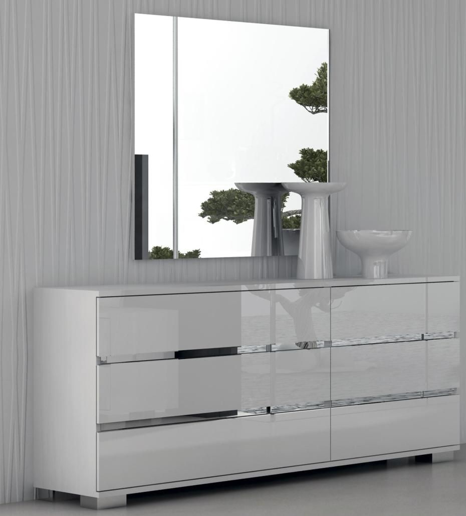 Select The White Gloss Furniture To Enhance Your Home S Look Anlamli Net In 2020 White Gloss Bedroom Furniture Modern Bedroom Dressers White Bedroom Furniture