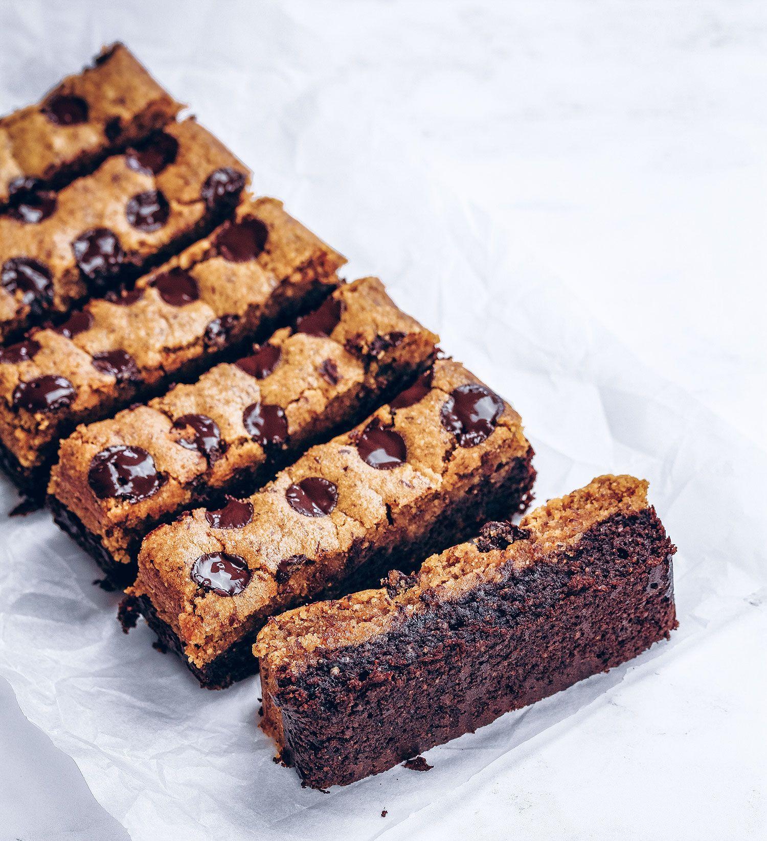 Cookie Dough Brownie Bars #healthycookiedough