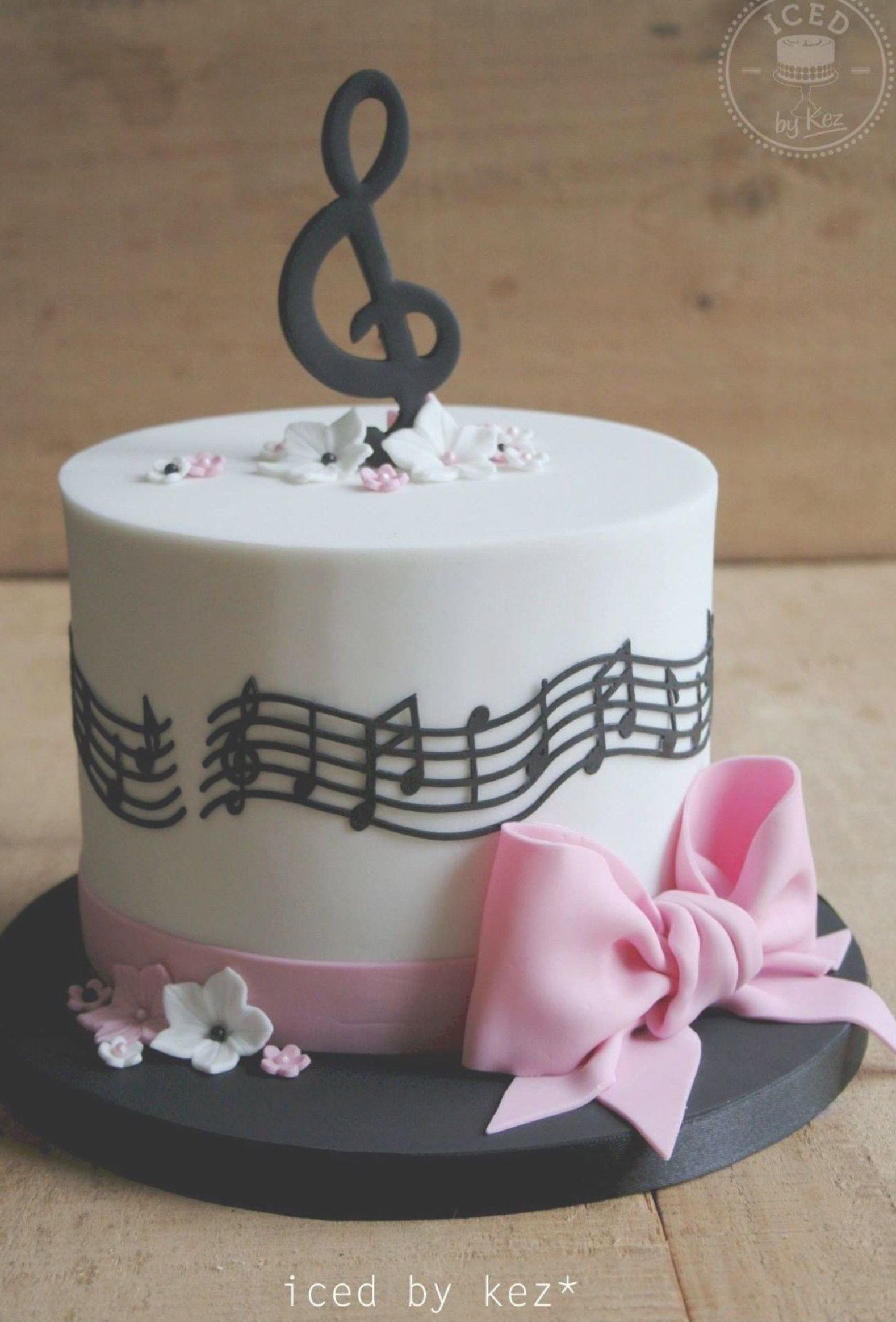 Music Birthday Cakes Iced Kez Cakes Pinterest Cake Music Cakes And