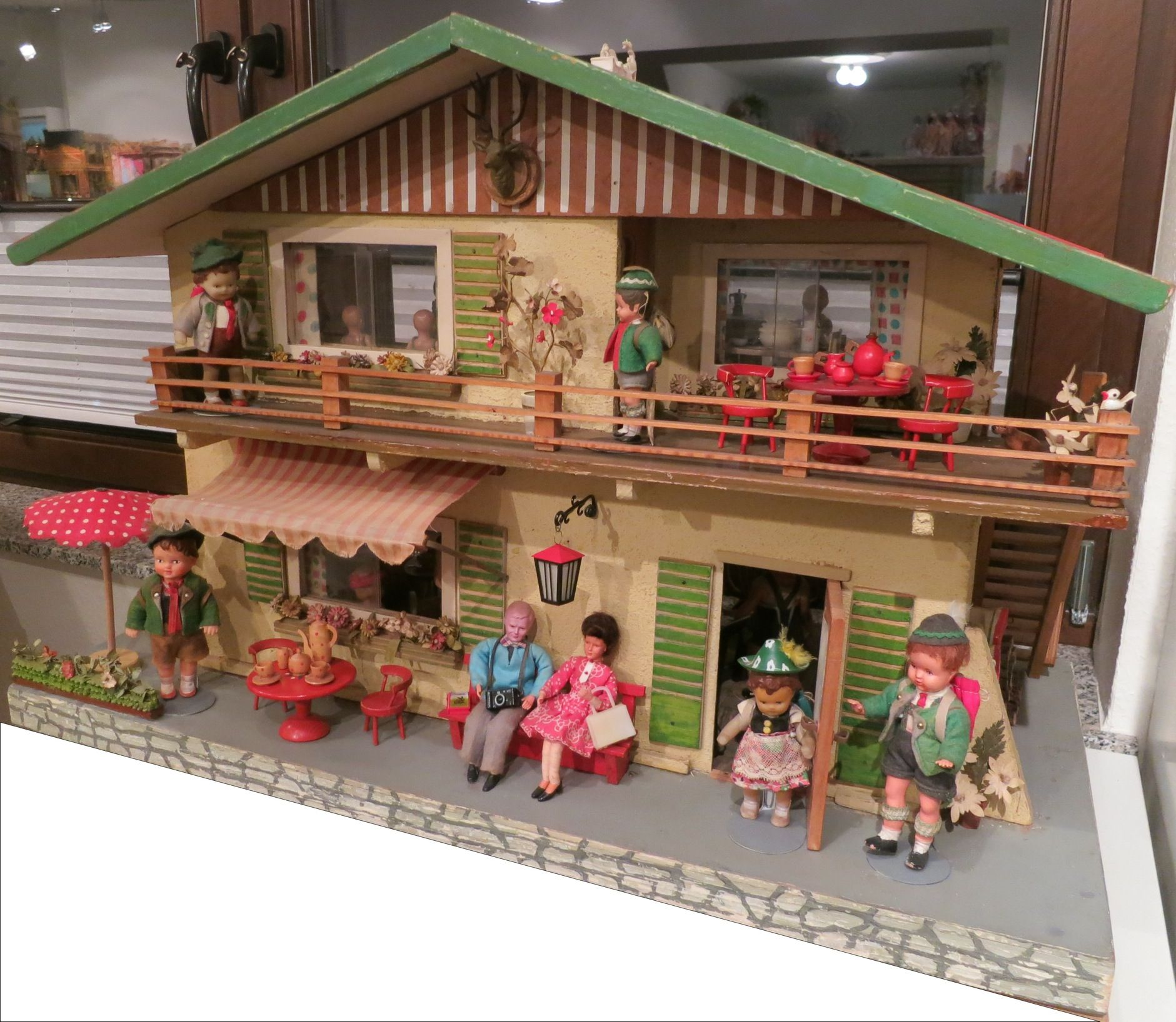 chalet dolls houses by rebecca green - dolls' houses past
