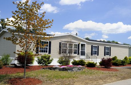Landscaped Homes mobile home landscaping pictures | double wide home on landscaped