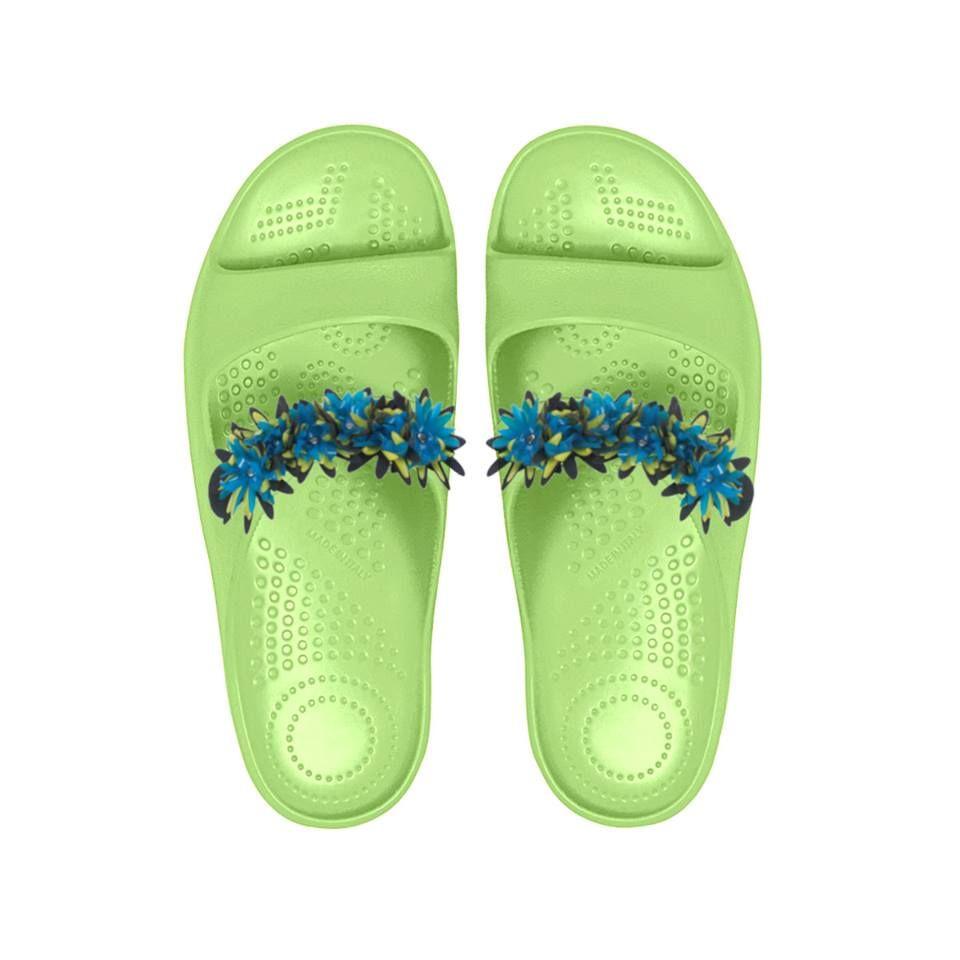 L'estate light di O bag! Personalizza le tue #Oshoes con le nuove applicazioni intercambiabili: pom pom, #fiori in pvc, fiocchi e nappine per mix unici e divertenti!