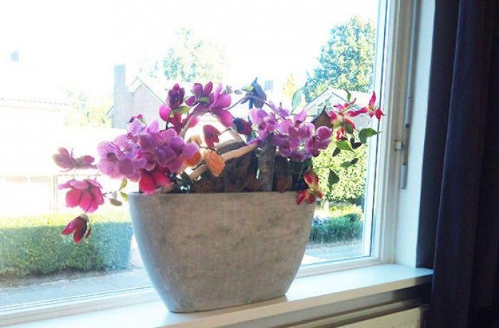 Kamer van babs vensterbank decoratie in een smalle for Decoratie op vensterbank
