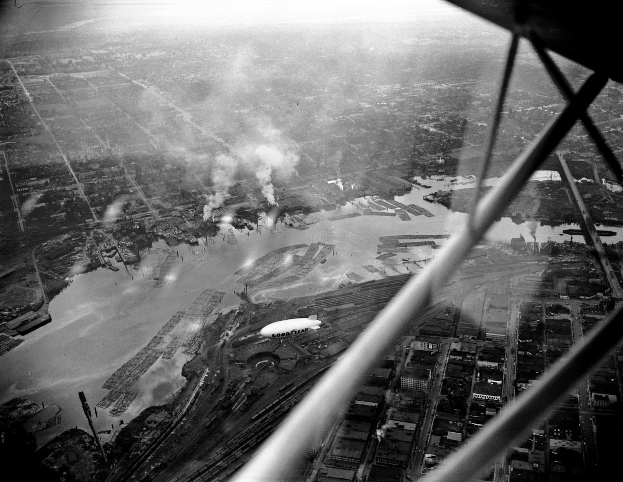 Aerial view of False Creek, ca. 1948 Source: Photo by Jack Lindsay, City of Vancouver Archives #1184-3421